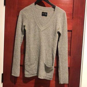 Rhys dwfen sweater